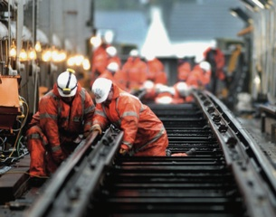 Network Rail pays out £630,000 to directors