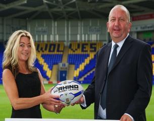 WarringtonWolves-RugbyPitch-2013