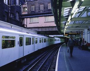 LondonUnderground-Train-2014