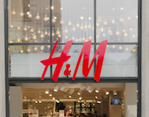 H&M-store front-2015