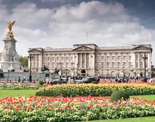 Buckingham-Palace-Royal-Assent-2015
