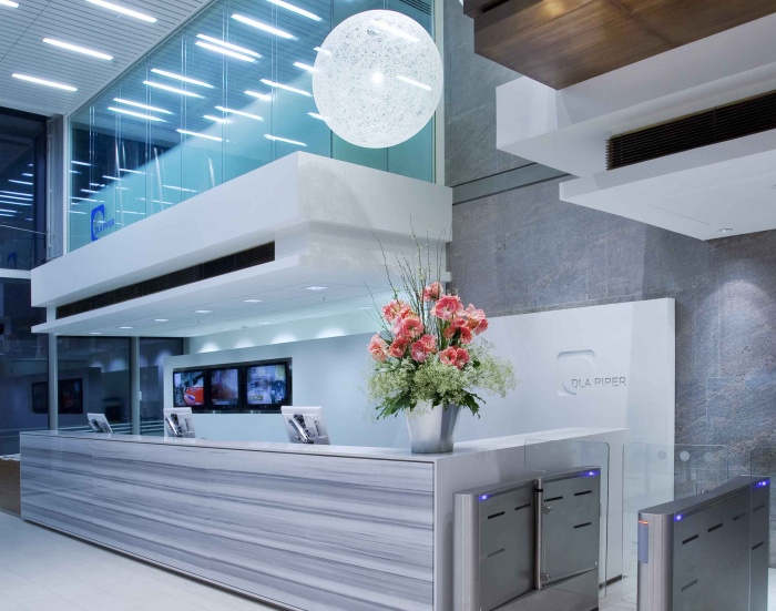 DLA Piper office-2015