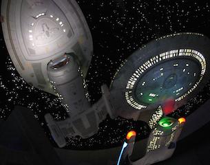 Starship-Enterprise-Star-Trek-2015