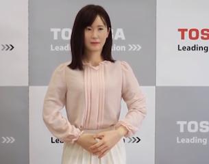 Toshiba-robot-japan-2015