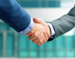 handshake-iStock-2015