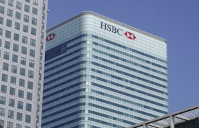 HSBC reduces executives' pensions payments to 30% of base