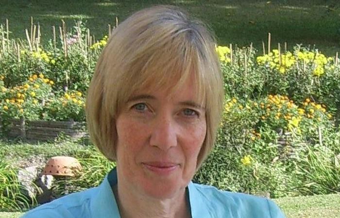 Dr-Carole-Easton-OBE