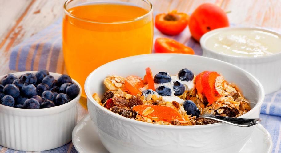 Four simple breakfast tips