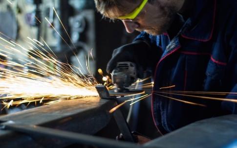 Metalwork-employee