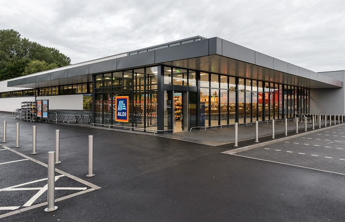Aldi increases minimum rates of pay for 8,000 store assistants