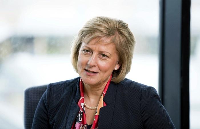 Lynn Dewar