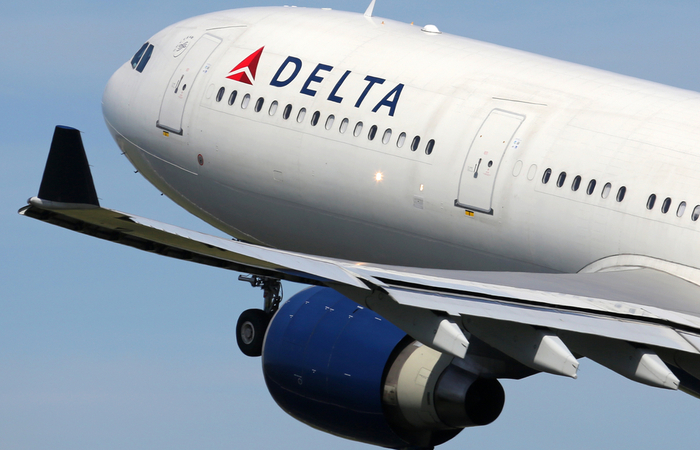 Delta Air Line employees receive two month's bonus pay