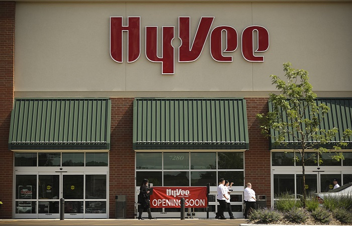 Hy-Vee to reward 80,000 employees with 10% bonus