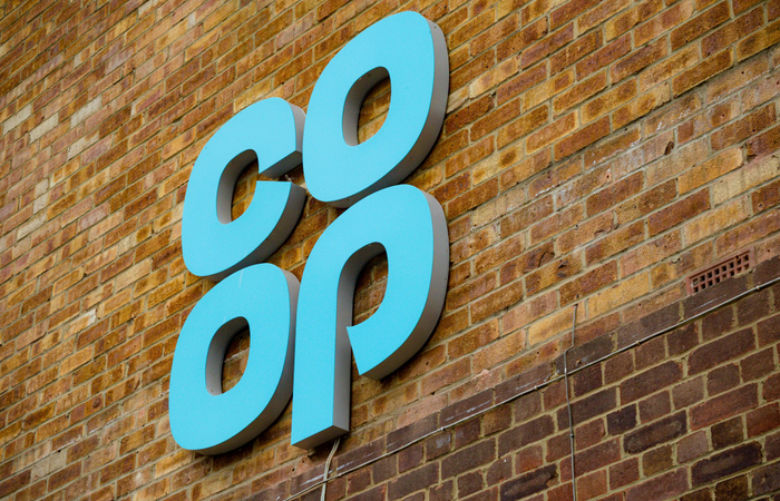 Co-op transfers employees to defined contribution scheme