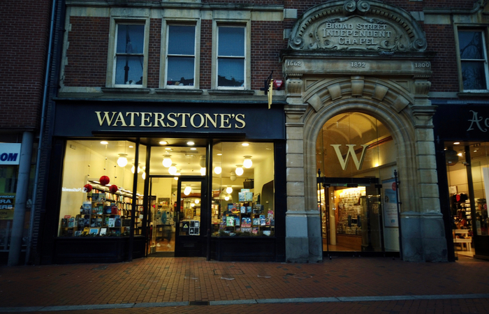 Waterstones employees given 6.2% pay rise