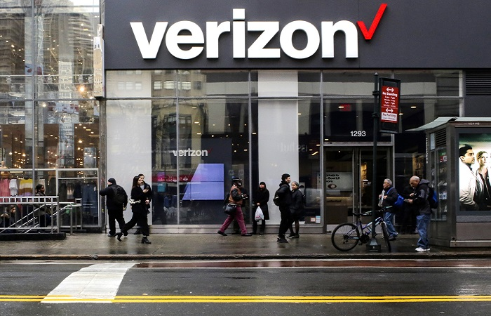 Verizon enhanced pay for essential on-site employees