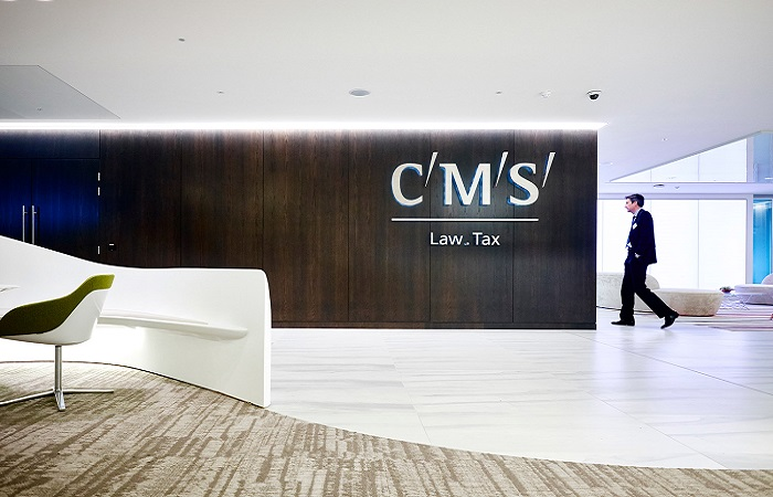 CMS splits bonus payments and defers salary reviews