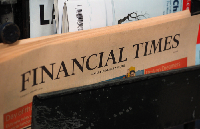 The Financial Times managers and editors take 10% pay cut