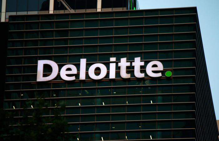 Deloitte reduces pension contributions to 4.5% for all employees