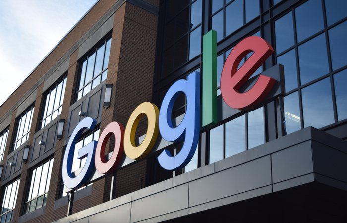 Google gives 118,000 employees $1,000 to fund homeworking equipment