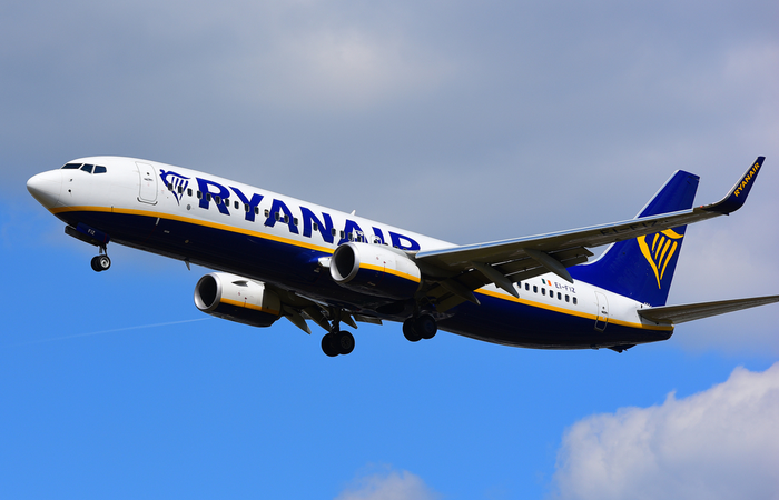 Ryanair introduces pay cuts and unpaid leave for up to 3,000 staff