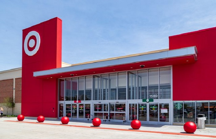 Target rewards 200,000 employees with $2 permanent pay rise