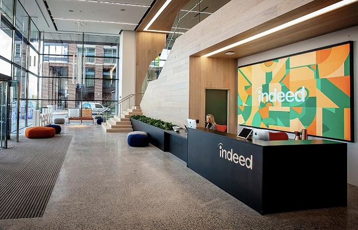 Indeed rewards 10,000 with an extra day of paid leave
