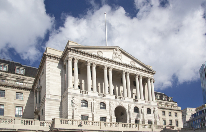 Bank of England has reported a mean gender pay gap of 19.5% for hourly pay as at April 2019.The organisation, which currently has over 4,000 employees. reported its gender pay gap data in line with the government's gender pay gap reporting regulations.
