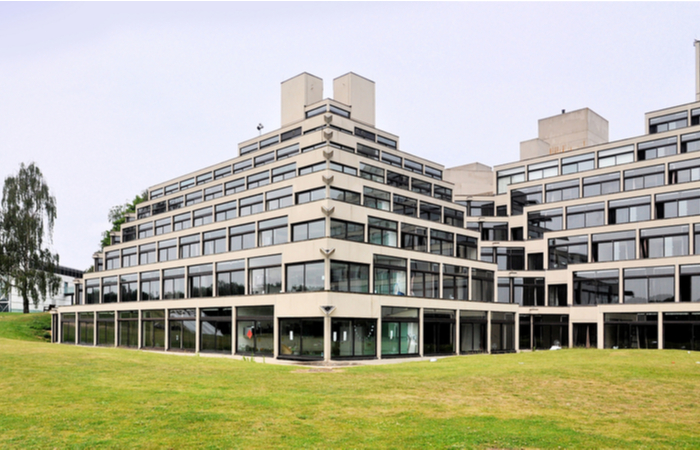 UEA introduces temporarily freezes pay rises for employees