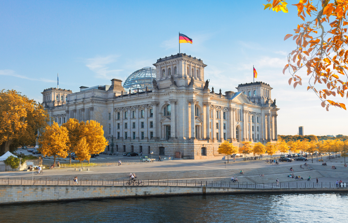German government extends short-term allowance scheme