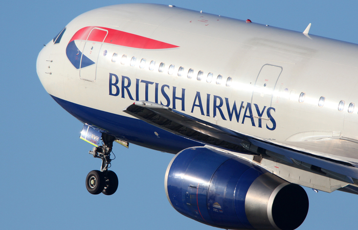 British Airways introduces temporary 20% pay cuts to 4,300 pilots