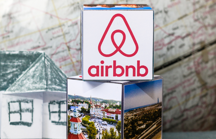 Airbnb extends remote working policy to August 2021