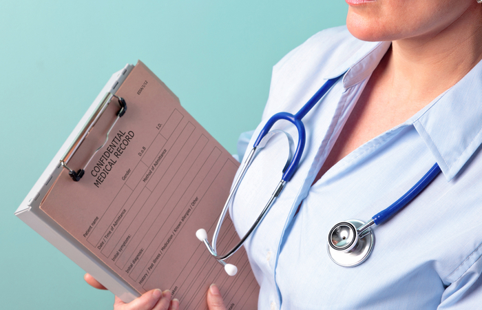 Government extends pensions tax allowance deadline for NHS staff to May 2021