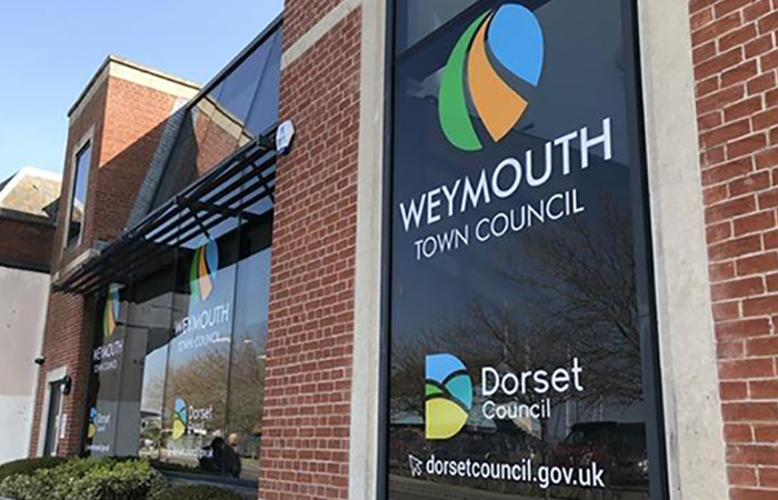 Weymouth Town Council becomes accredited living wage employer
