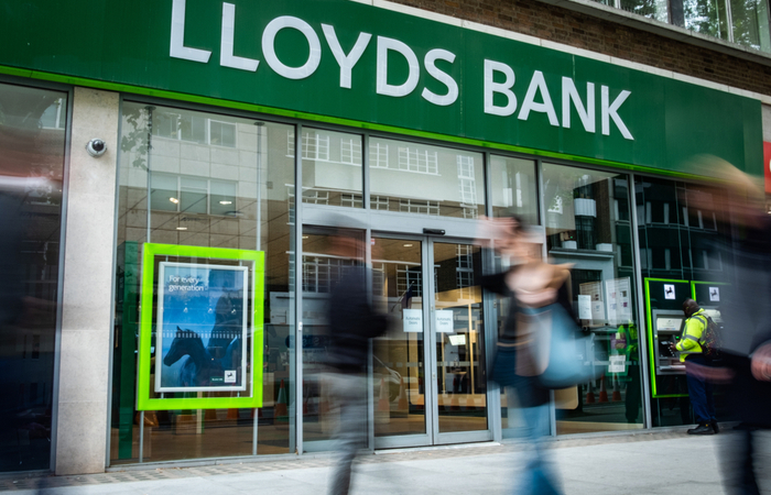 Lloyds Banking Group extends remote-working policy
