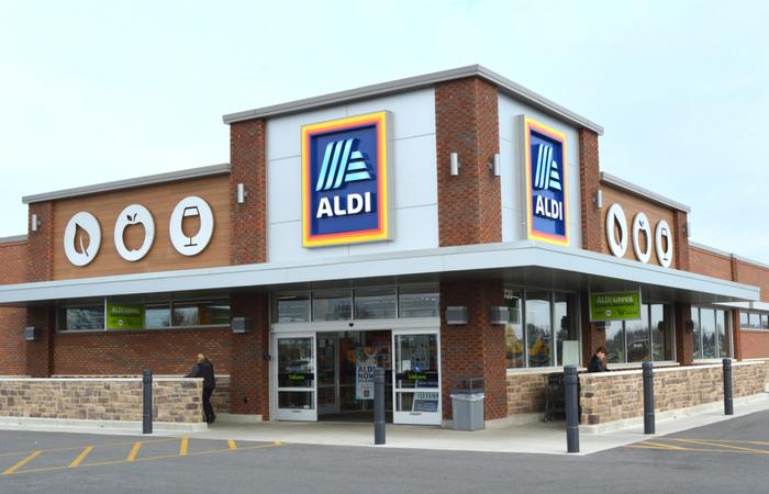 Aldi rewards front-line staff with 10% bonus payment