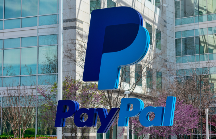 Paypal gives US employees early access to pay