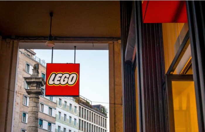 Lego Group to give employees 26 weeks' maternity leave