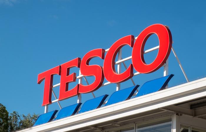 Tesco rewards staff with 10% bonus payment