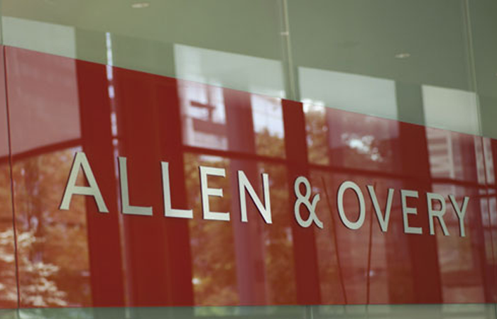 Allen and Overy gives five extra days of emergency leave to staff